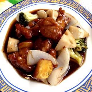 上海風黒酢の酢豚