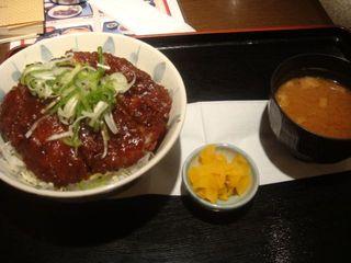 味噌ロースカツ丼