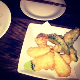 アボカドとカマンベールチーズの天ぷら