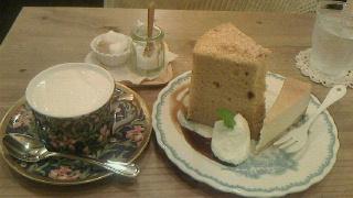 ふわふわ自家製シフォンケーキ