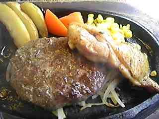 カットステーキとステーキハンバーグ