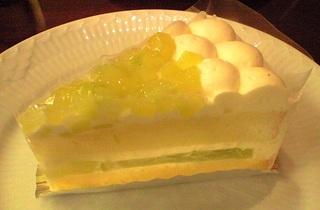 季節限定メロンのショートケーキ