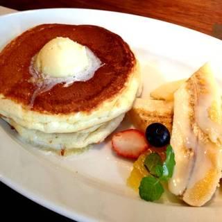 バターミルクパンケーキ&フルーツ