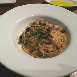 パンチェッタときのこのスパゲティーニ
