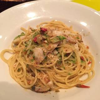 鱈とブロッコリーのペペロンチーノ