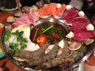 海鮮肉野菜鍋