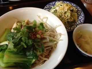 タイ風ジャジャ麺