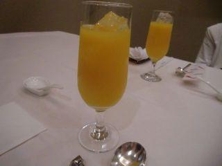 新鮮オレンジジュース