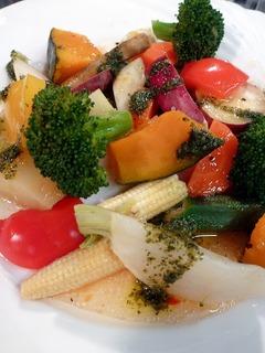 地物野菜のゴロゴロ温サラダ