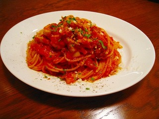 パンチェッタとペコリーノチーズのトマトソーススパゲッティ