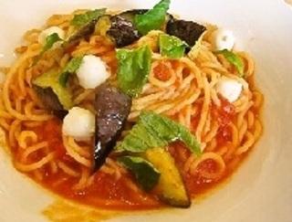 モッツァレラチーズと茄子のトマトスパゲティ