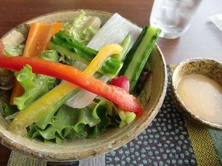 自家製野菜サラダ