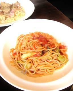 海老とブロッコリーのトマトソースパスタ