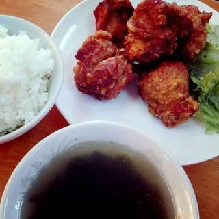 副菜ランチバイキング付の唐揚げ定食