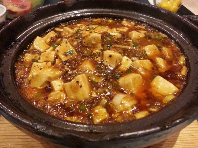 鍋焼麻婆丼
