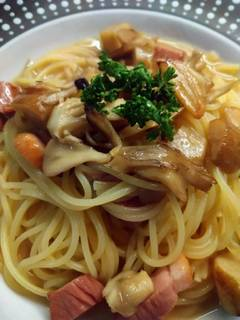 合鴨とポルチーニのバター醤油スパゲティ