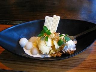 白玉とキャラメルアイス
