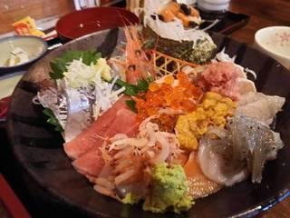 豪快海鮮丼