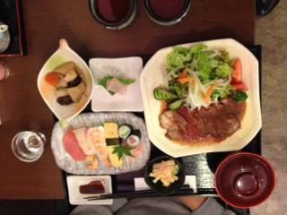 EMO牛サーロインステーキ定食