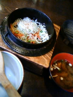 釜揚げしらすと桜海老・ひじきの三色釜飯定食