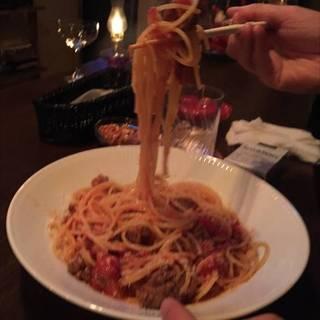 スパゲッティ・ソーセージ・トマトソース