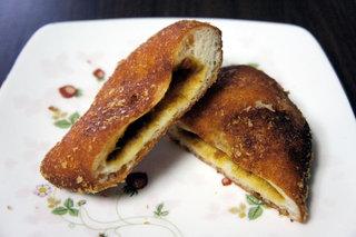 シラスのカレーパン
