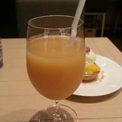 小林さんが作る桃ジュース