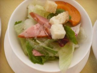 レタスとハムのサラダ