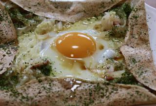 蕎麦粉のガレット