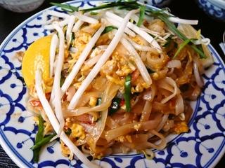 パッタイ タイ風焼きビーフン
