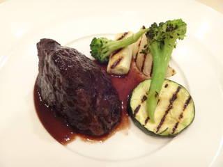 黒毛和牛頬肉の赤ワイン煮