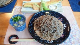 田舎蕎麦と天ぷら盛り合わせ