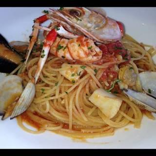 魚介のトマトソース スパゲッティ