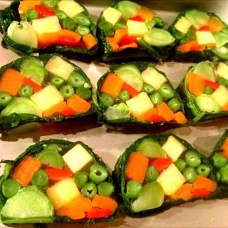 春野菜のテリーヌ青のり香るクリーミーソース