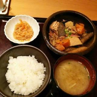 博多郷土料理がめ煮定食