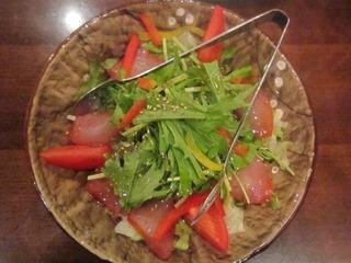燻製まぐろと水菜のサラダ