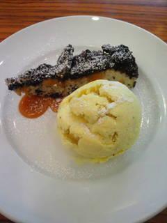 クッキークリームとバニラアイス