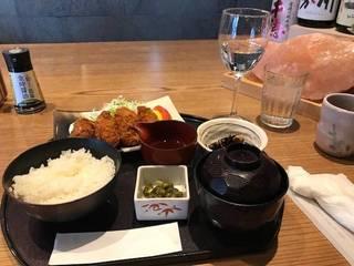 広島県産牡蠣フライごはん