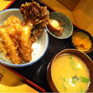 舞茸と白身魚の天丼