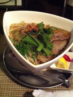 炙り塩豚と野菜のフォー