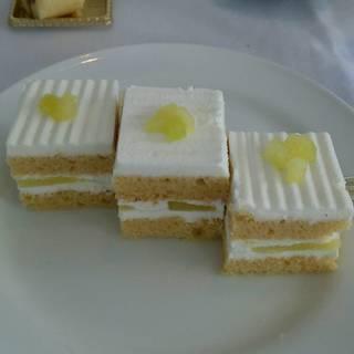 スーパーメロンケーキ