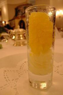オレンジのグラニテとライムのソルべ