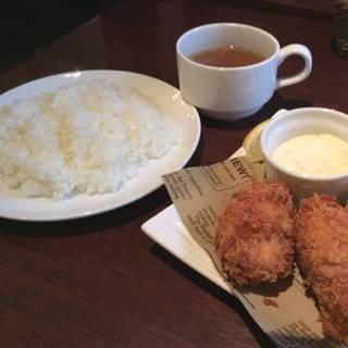 岡山県産 大粒カキフライ 3ヶ サラダビュッフェ・スープ・バケットorライス付き