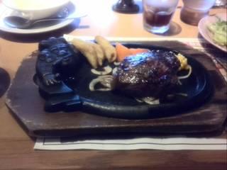 炭焼き厚切り ぶどう牛サーロインステーキセット