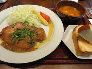 豚肉のソテージンジャーソース