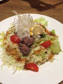 牛焼肉のサラダ
