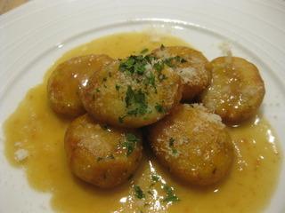 リコッタチーズとじゃが芋の揚げニョッキ