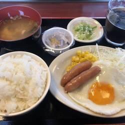 めんふぁん食堂 黒田店