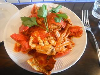 渡り蟹のトマトソース リングイネ