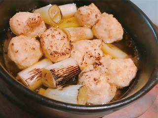 鶏ハラミと葱のアヒージョ